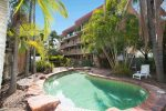 16 Gailey Road, ST LUCIA QLD