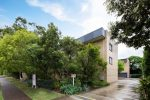 138 Clarence Road, INDOOROOPILLY QLD