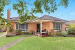 33 Longbrae Avenue, FOREST HILL VIC