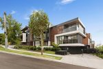 5-7 Curlew Court, DONCASTER VIC
